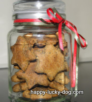 Homemade gourmet dog biscuits make an excellent gift idea.